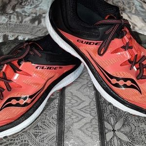 Saucony Everun 150 Running Shoes